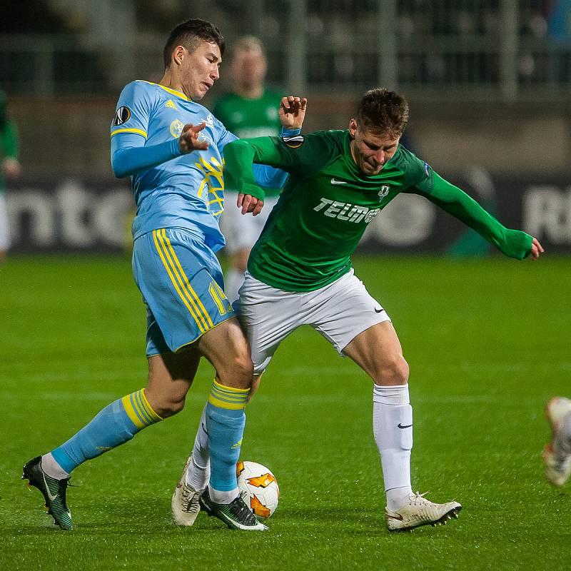 Zápas skupiny K Evropské ligy mezi týmy FK Jablonec a FC Astana se odehrál 25. října na stadionu Střelnice v Jablonci nad Nisou. Na snímku vpravo je Lukáš Masopust.