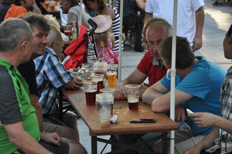 První pivní slavnosti v Jablonci