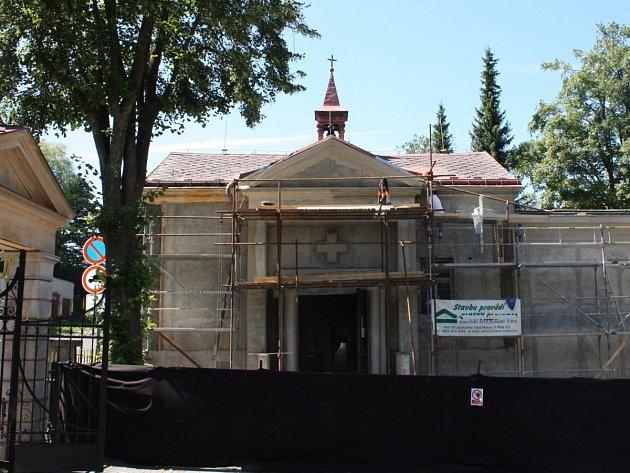 Smuteční síň v rekonstrukci