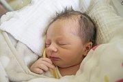 KAROLÍNA FRANCOVÁ se narodila v úterý 11. dubna mamince Tereze Suchomelové z Jablonce nad Nisou. Měřila 44 cm a vážila 2,41 kg.