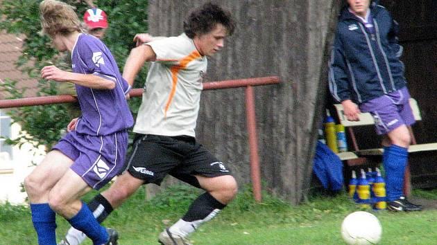 Fotbalisté Kokonína v šedém postoupili do semifinále Tipsport okresního poháru, když v úterý porazili Rychnov vysoko 5:1. V semifinále se Kokonín střetne s vítězem dvojice Lučany B – Jenišovice B.