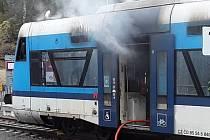 Hořící vlak v Harrachově-Mýtinách