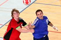 Ladislav Šmika (vpravo) odehrál svůj životní zápas v dresu ELP Jablonec.