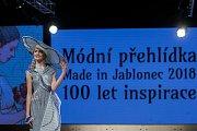 Módní přehlídka Svazu výrobců skla a bižuterie Made in Jablonec s podtitulem Sto let inspirace měla premiéru 11. ledna v Eurocentru v Jablonci nad Nisou.