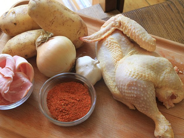 Bakterie Salmonely lze zničit dostatečným tepelným zpracováním. Zejména u kuřecího masa je proto nutné brát na tuto skutečnost při přípravě zvláštní zřetel.
