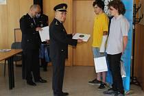 Zástupci vedení semilského územního odboru chlapcům poděkovali.