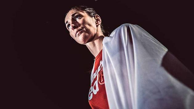 Noc bojovníků v jablonecké Městské sportovní hale nabídla velmi zajímavé souboje. K těm nejtvrdším patřil zápas jablonecké Michaely Kerlehové se zkušenou Italkou.