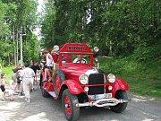 Sbor dobrovolných hasičů Lučany nad Nisou. Na Dětském dni s Deníkem a Dášenkou v Lučanech nechybějí s technikou a veteránem.