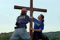Obnova skalního kříže