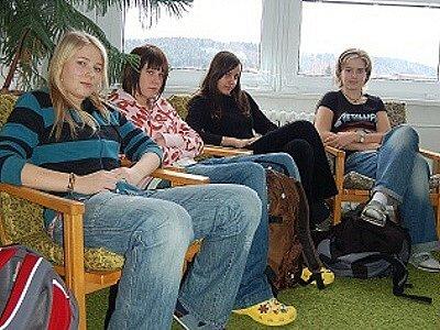 Romana Klečková, Nikola Tůmová, Michaela Volková a Jana Válková, čtyři kamarádky se objevily i v televizi.