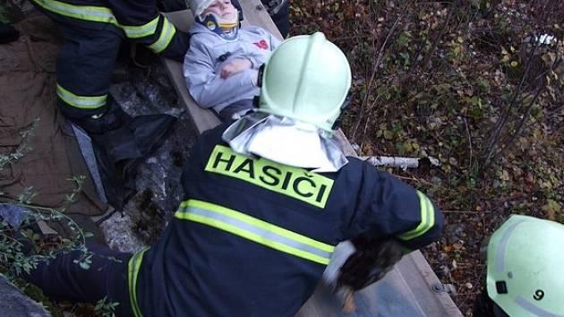 Cvičení prověřilo dovednosti hasičů.