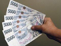 Peníze. Ilustrační snímek.