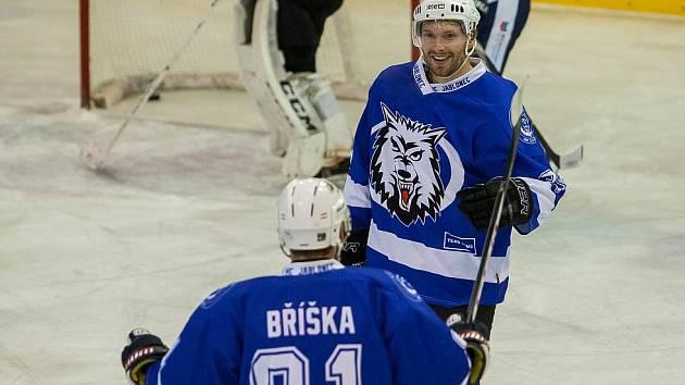 Tomáš Mrkvička (vpravo)