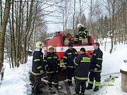 Sbor dobrovolných hasičů Lučany nad Nisou. Požár chalupy v Josefově Dole.