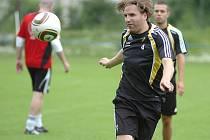 Od 14. do 20. června jsou hráči loňského mistra Švédska AIK Stockholm ubytovaní v Hotelu Břízky v Jablonci nad Nisou. Nils-Eric Johansson,