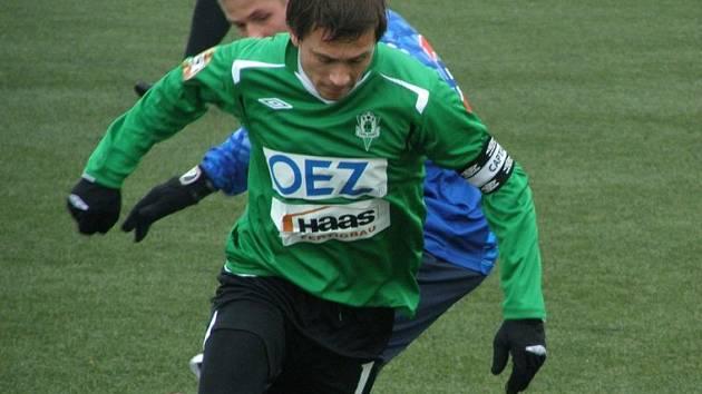 Nestárnoucí Miroslav Baranek byl v Kladně platným jabloneckým hráčem, byť odehrál jen úvodní poločas.
