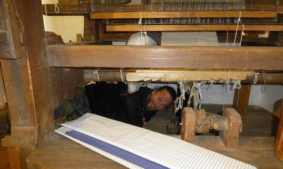 V uplynulých dnech proběhla údržba na Dlaskově statku v Dolánkách u Turnova.