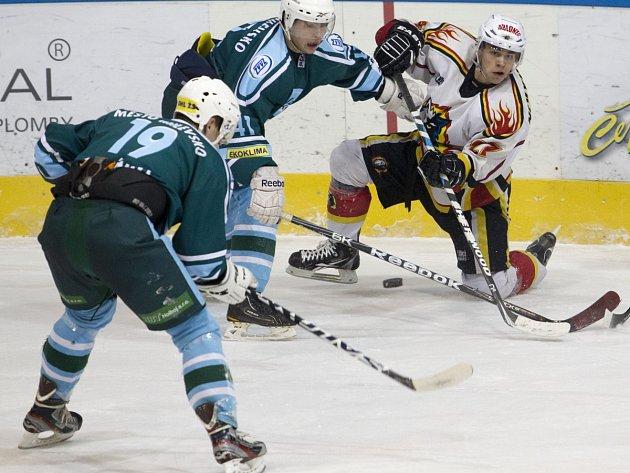Vlci porazili Milevsko (v tmavých dresech) rekordním rozdílem 10:3.