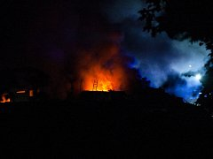 Požár sběrného dvoru v Proseči