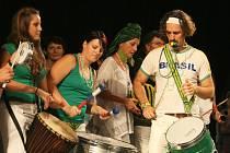 Festival Léto tančí v roce 2012.