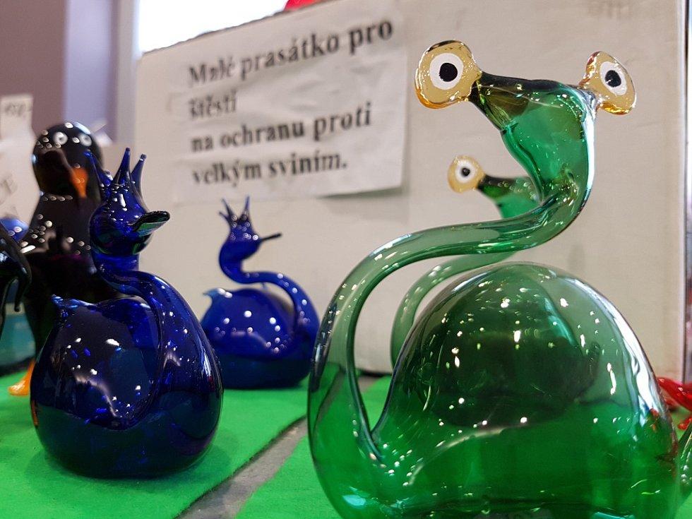 Euroregion Tour 2017, soutěž regionálních výrobců. 2. MÍSTO získaly křehké skleněné figurky Karla Sobotky.