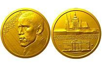 Barack Hussein Obama současný 44. prezident USA, a první afroameričan v tomto úřadu, jako jednu z prvních zemí navštíví Českou republiku. U této příležitosti bude jablonecká Česká Mincovna emitovat zlatou a stříbrnou pamětní medaili.