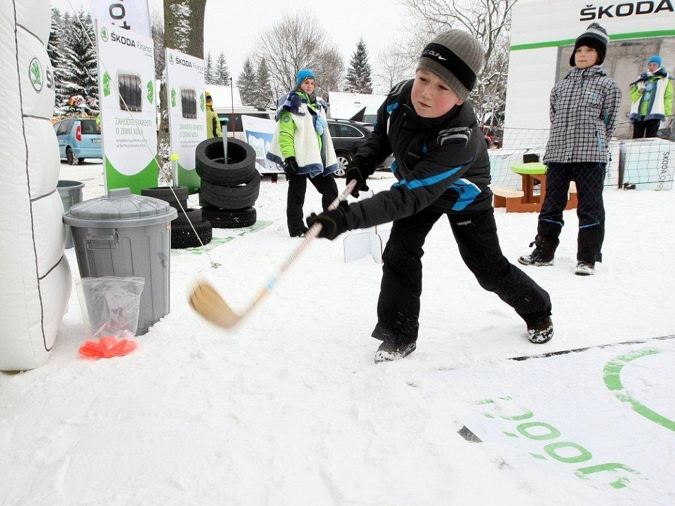 V lyžařském areálu Severák v Hraběticích v Jizerských horách se v neděli konala akce ŠKODA park.