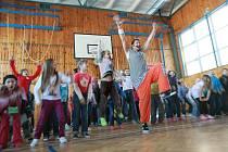 Dětem v ZŠ Liberecká v Jablonci představili projekt Tancuj a nedrob