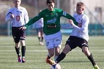 Juniorský tým Baumitu Jablonec porazil Hradec Králové (v bílém) 4:1.