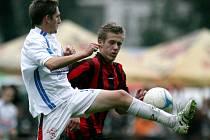 Desná vyloupila stadion Velkých Hamrů (v bílém) a vyhrála 6:3.
