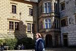 Mirek Dolanský.  Komnaty na zámku Frýdlant zná jak své boty. Několik let tu dělal průvodce, nyní se na hrady a zámky vrací s projektem historických hostin.