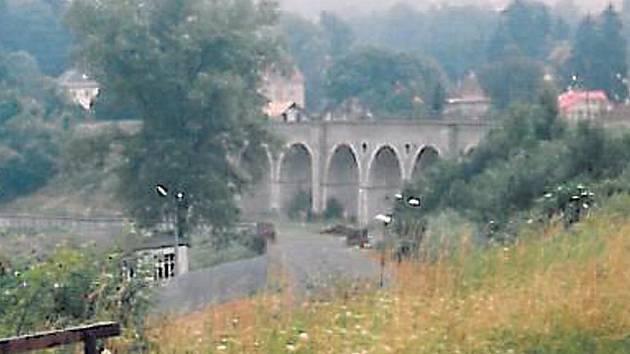 Železniční viadukt v Rychnově