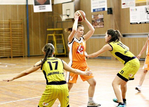 Jablonecké basketbalistky TJ Bižuterie zabraly střed tabulky I.ligy žen.
