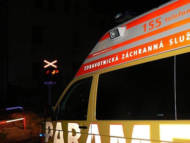 V úterý 1. září krátce před půlnocí srazil projíždějící vlak v centru Jablonce na železničním přejezdu v Kokonínské ulici osmadvacetiletého muže. Ten ale v době příjezdu vlaku již ležel v kolejišti, podle zasahující silně zapáchal alkoholem.