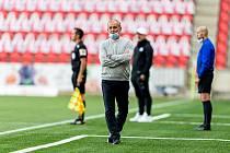 PORÁŽKA. Trenér Jablonce Petr Rada litoval vysoké porážky na Slavii 0:5.