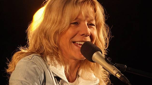 Lenka Filipová.