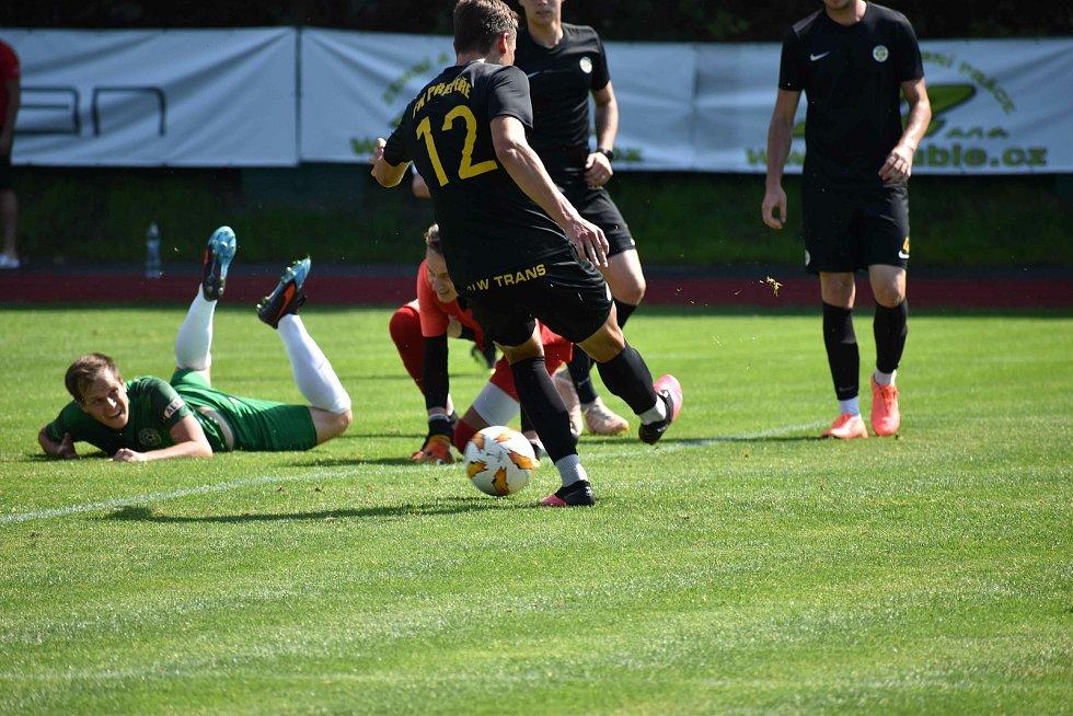 Hamrovské áčko povede do nové sezóny trenér Bryscejn. Na přípravném utkání proti Přepeřím ale nechyběl Josef Hnídek, který se s týmem, jako kouč, rozloučil po sedmi letech.