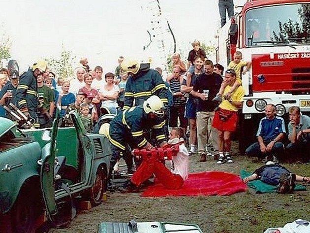 Sbor dobrovolných hasičů ve Velkých Hamrech II již oslavil sto let své existence.
