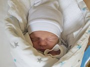 PATRIK BOGACZ se narodil v pondělí 23. října mamince Marii Bogaczové z Železného Brodu.  Měřil 49 cm a vážil 3,10 kg.