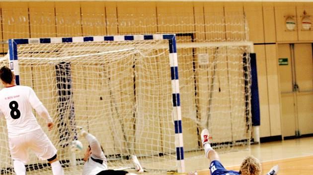 Sezonu otevřeli jablonečtí futsalisté už v říjnu. Soutěž pokračuje a týmu FK GMM se daří, je na čele II. ligy.