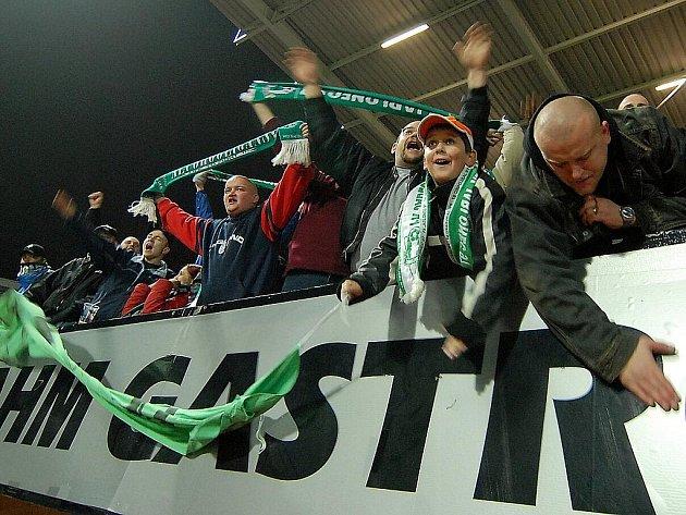 Fanoušci FK Baumit.