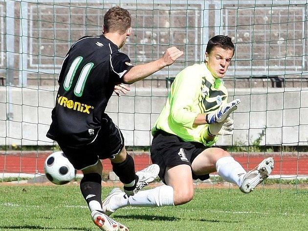 Mistrovské utkání ČFL. Derby mezi béčkem FC Slovan Liberec a juniorkou FK Baumit Jablonec.