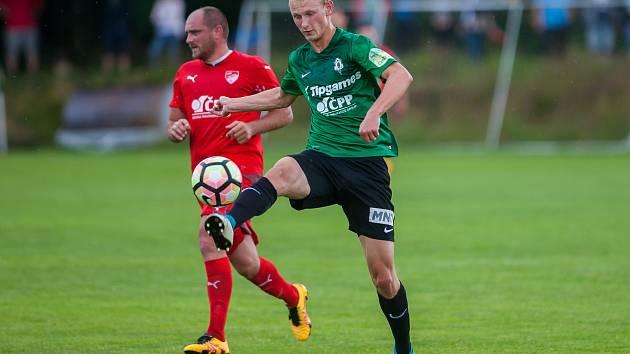 Přátelské fotbalové utkání mezi týmy FK Jablonec a FK Jiskra Mšeno se odehrálo 12. července v Rychnově u Jablonce nad Nisou. Na snímku vpravo Ondřej Mihálik.