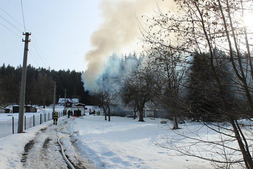 Požár ve Smržovce.
