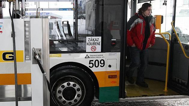 Jeden z autobusů tedom v Liberci.