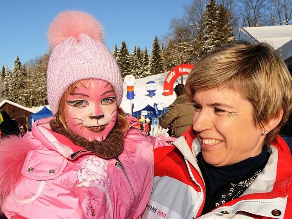 Kateřina Neumannová s dcerou Lucií si Jizerskou padesátku užívaly po svém.