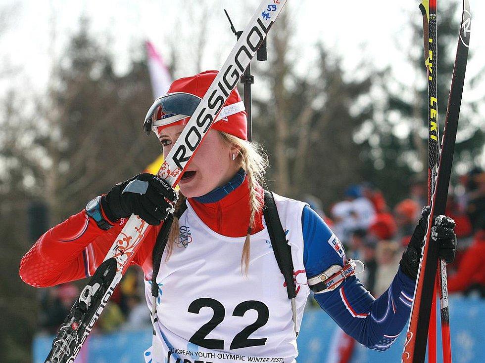 EYOWF 2011. Biatlon - dívky individuálně 10 kilometrů se jel v úterý v jabloneckých Břízkách. Kristýna Černá (22) doběhla z českých závodnic nejlépe a skončila na 8. místě.
