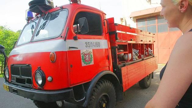 Den otevřených dveří uspořádal ve středu sbor dobrovolných hasičů ve Smržovce.