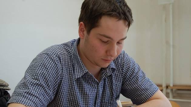 Miroslav Mikolič byl jedním ze studentů, kteří napsali slohovou maturitní práci.