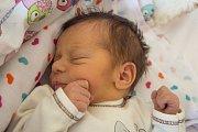 AMÁLIE MIKYŠKOVÁ se narodila v pondělí 11. prosince v jablonecké porodnici mamince Markétě Černé z Jablonce nad Nisou.  Měřila 47 cm a vážila 2,85 kg.